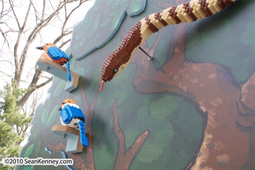 LEGO sculpture Sean Kenney bird micronesian kingfisher philadephila philly zoo creatures of habitat
