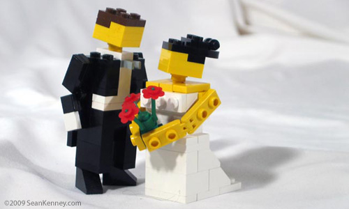 LEGO Bride & Groom wedding cake topper