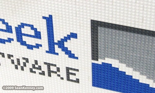 Fog Creek logo in LEGO bricks by Sean Kenney