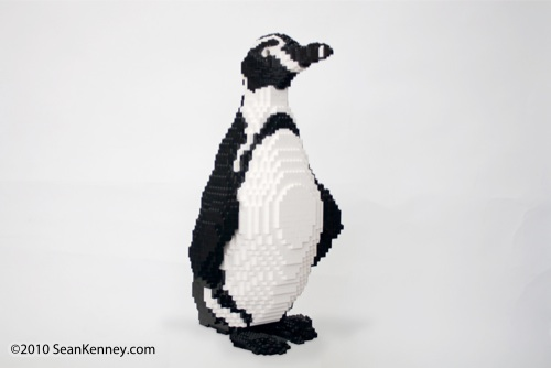 LEGO sculpture Sean Kenney humboldt humobolt penguins philadephila philly zoo creatures of habitat