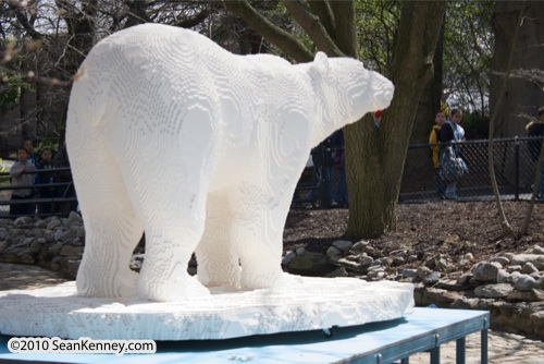 LEGO sculpture Sean Kenney polar bear polarbear arctic animal philadephila philly zoo creatures of habitat