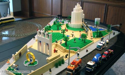 Sean Kenney - Art with LEGO bricks : Thanksgiving Square, Dallas