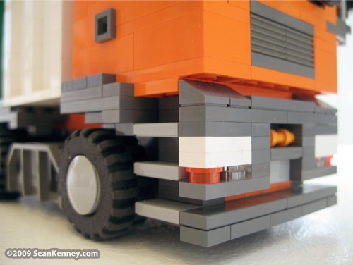 Cool LEGO truck - Recycle Truck from Vienna - by Sean Kenney