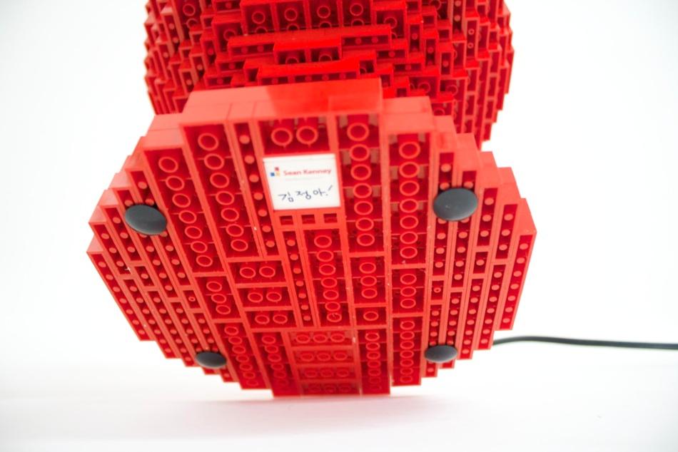 LEGO Lamp : Sean Kenney Design : Lamp Base Detail
